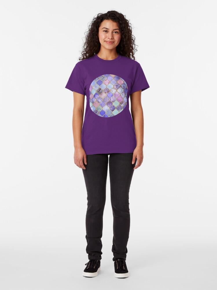 Alternative Ansicht von Königliches purpurrotes, malvenfarbenes u. Indigo-dekoratives marokkanisches Fliesen-Muster Classic T-Shirt