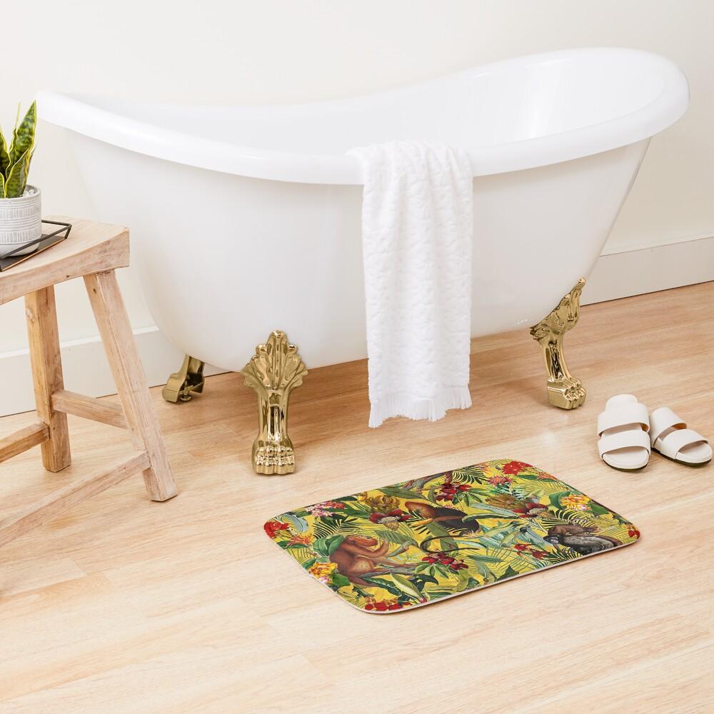 Tropical monkey jungle pattern - yellow Bath Mat