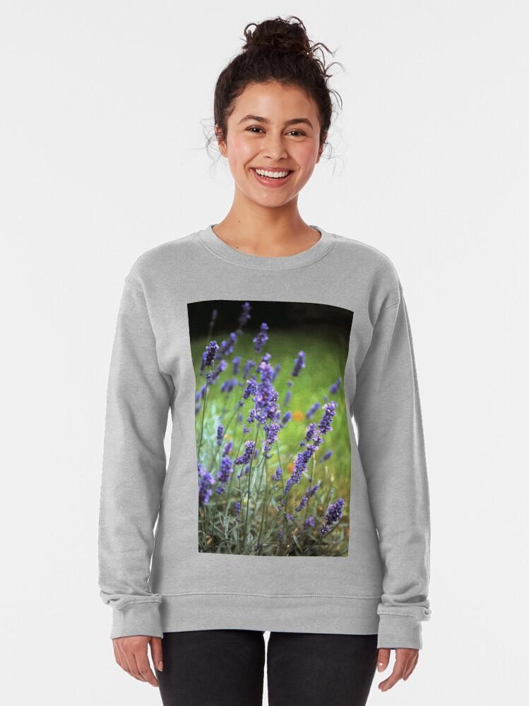 Alternative Ansicht von Der Lavendel Pullover