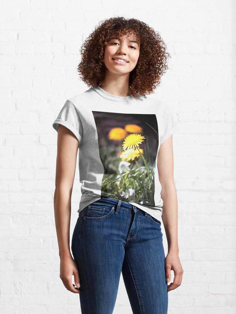 Alternative Ansicht von Der Löwenzahn Classic T-Shirt