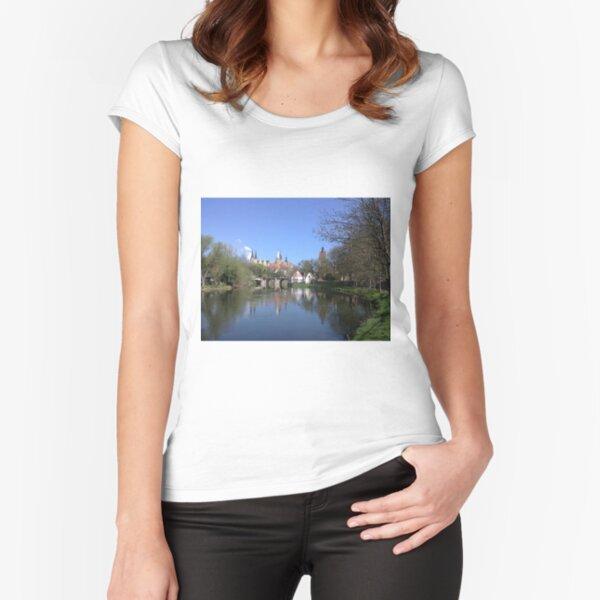 Dom und Schloß Merseburg mit Saale Tailliertes Rundhals-Shirt