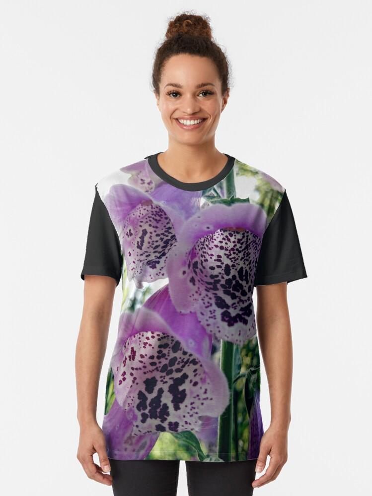 Alternative Ansicht von Fingerhut Grafik T-Shirt