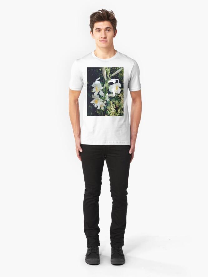 Alternative Ansicht von Weiße Lilie Slim Fit T-Shirt
