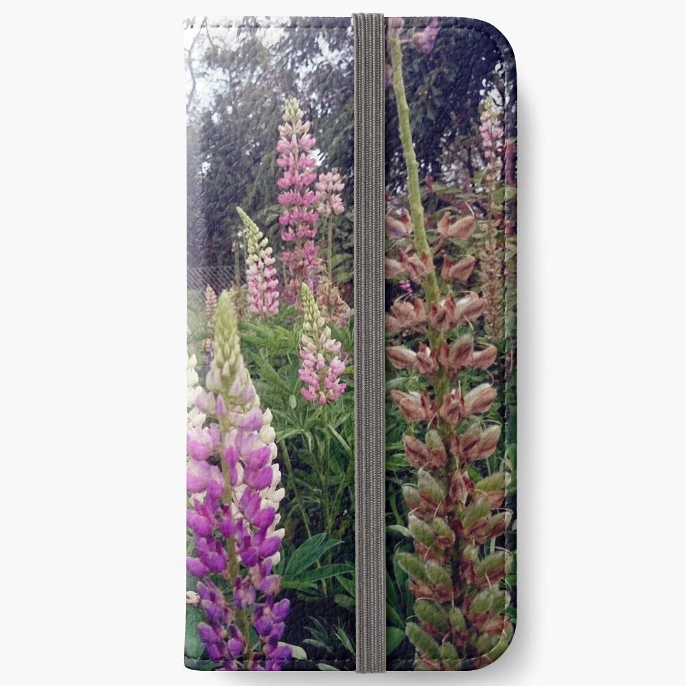 Lupinen iPhone Flip-Case