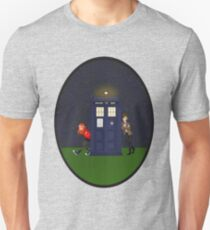 Amy Pond, the Doctor, and the TARDIS Unisex T-Shirt