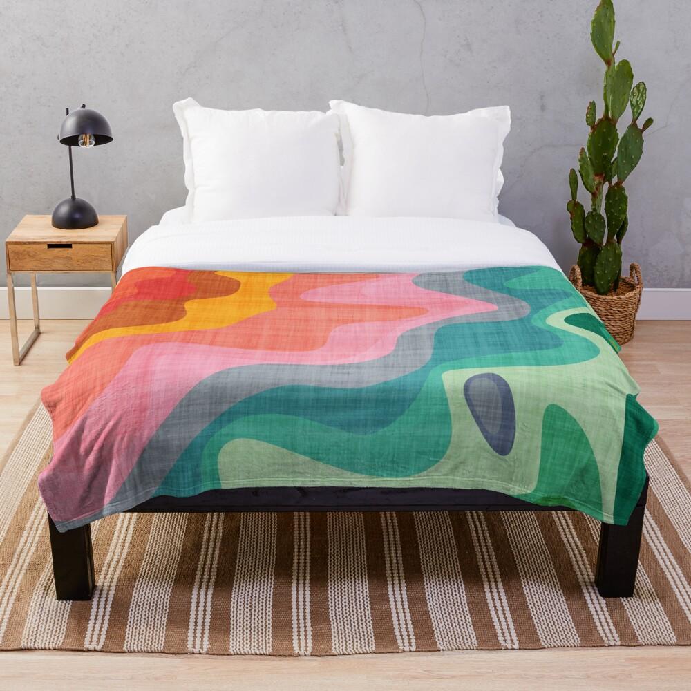 Flouncy Flouncy Throw Blanket