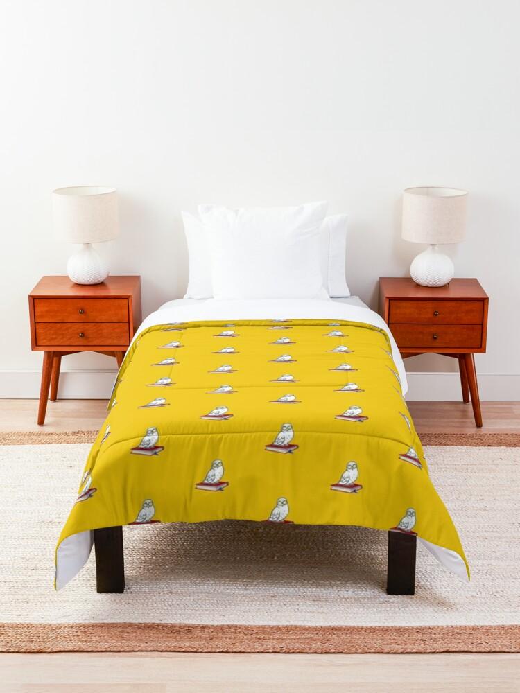 Alternate view of Owl Comforter