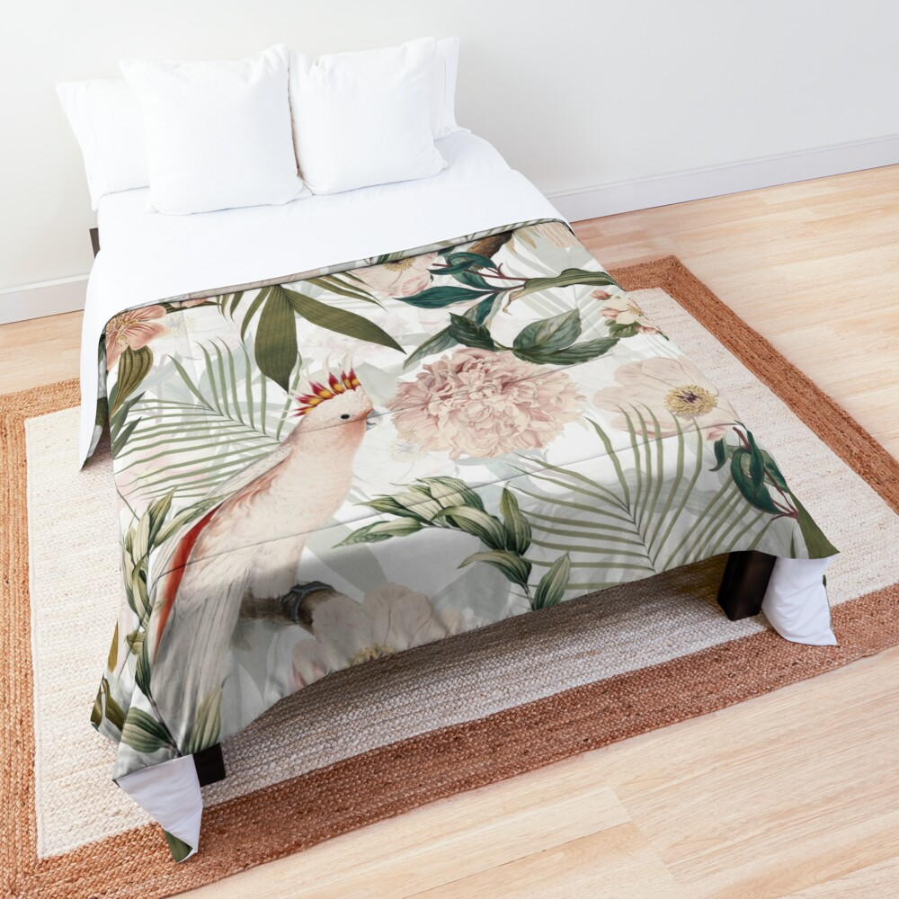 Tropical cockatoo and jungle pattern - white Comforter