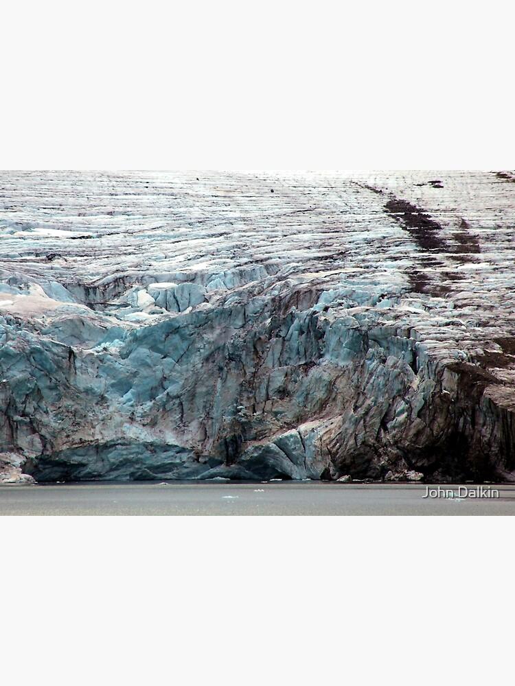 Brepollen Glacier close up by JohnDalkin