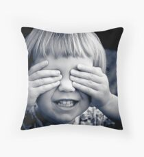 ...can't see me... Throw Pillow