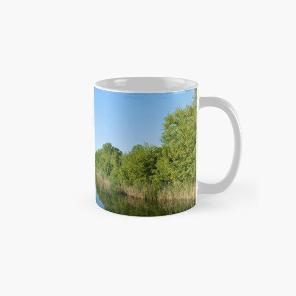 silent river Classic Mug