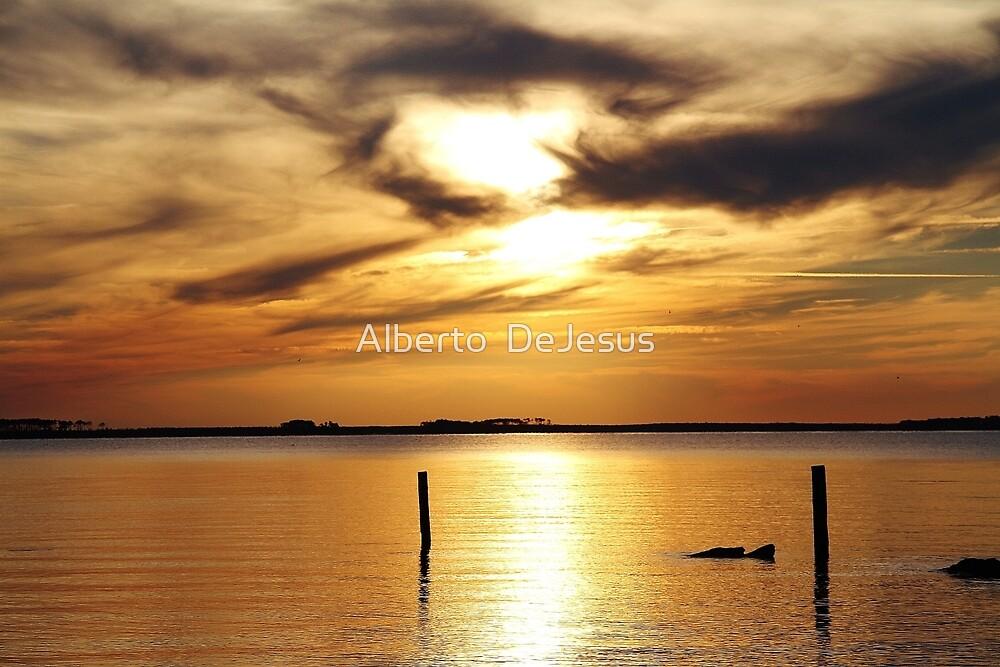 Roanoke Sunset by Alberto  DeJesus