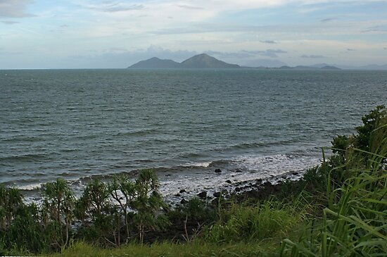 Dunk Island from Clump Point by STHogan