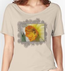 Small-Cupped Daffodil named Barrett Browning Women's Relaxed Fit T-Shirt