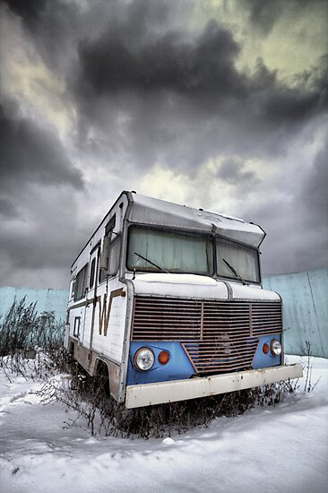 the relinquished resident....(Winnebago, Cherry Street & Front, Toronto, Ontario, Canada) by Russ Styles