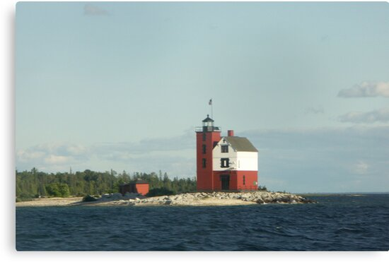 Round Island Lighthouse by Bob Hardy