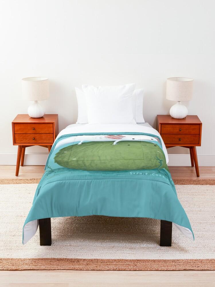 Alternate view of Axolotl on a Mossball Comforter