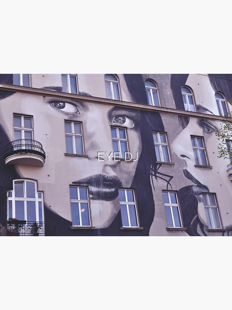 Building Street Art - Bülowstraße, Berlin by iDJPhotography