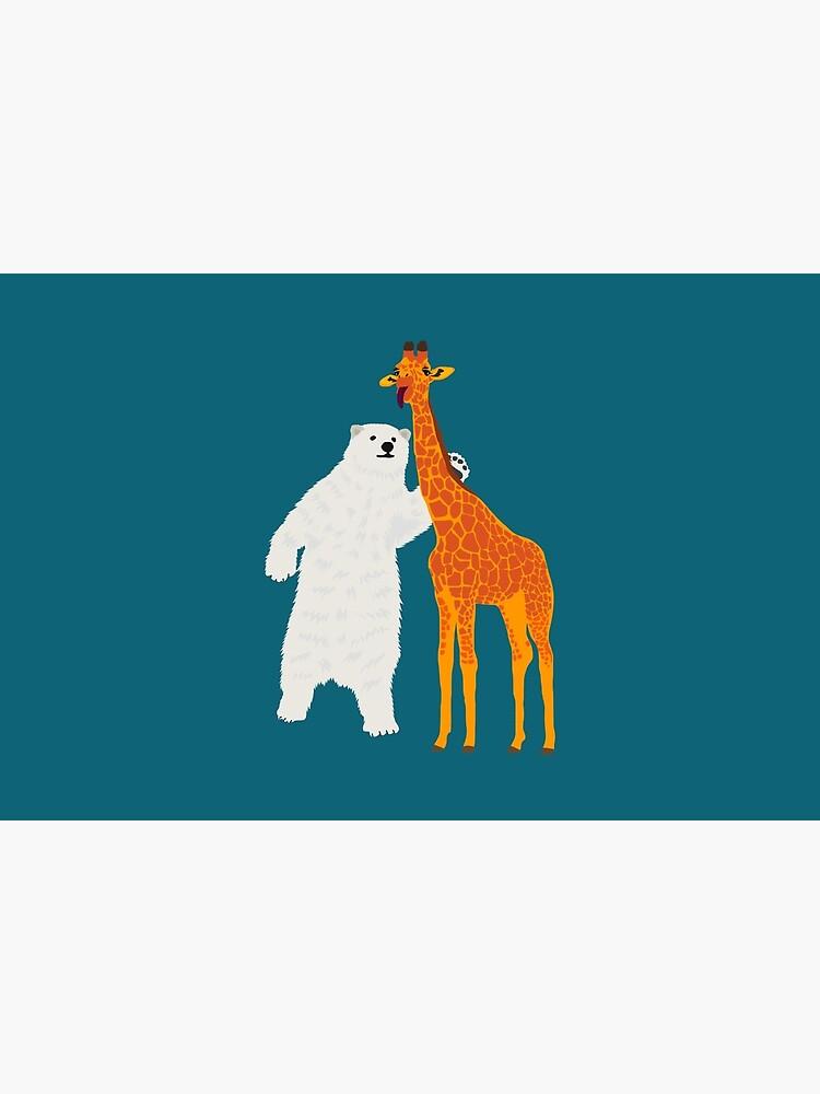 polar bear and giraffe, love is love by zillahdee