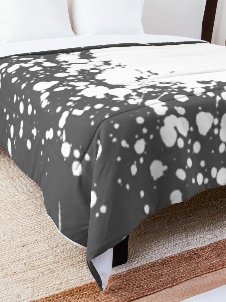 Alternate view of Gray and White Paint Splatter Comforter