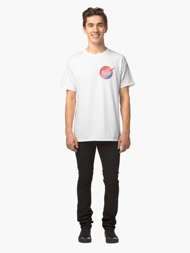 Vista alternativa de Camiseta clásica Red velvet nasa inspired logo