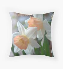 Daffodils Notecard -  Happy Easter! Throw Pillow