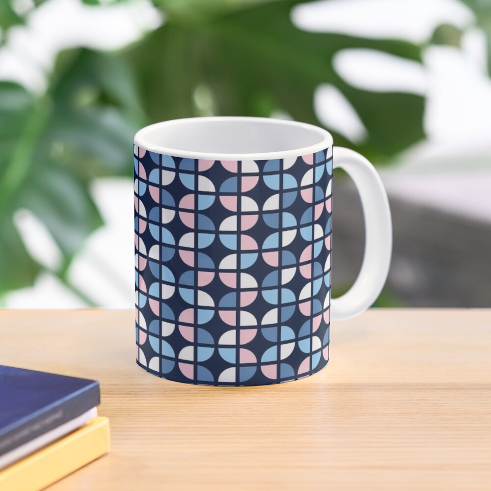 Geometric Pattern: Quarter Circle: Julia Mug