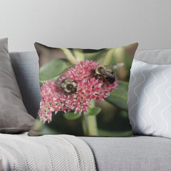 Two little bees Throw Pillow