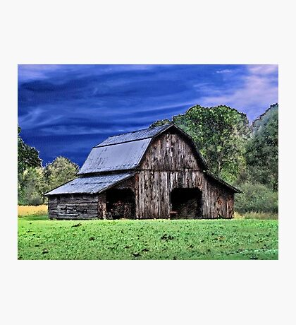 An Old Barn Photographic Print