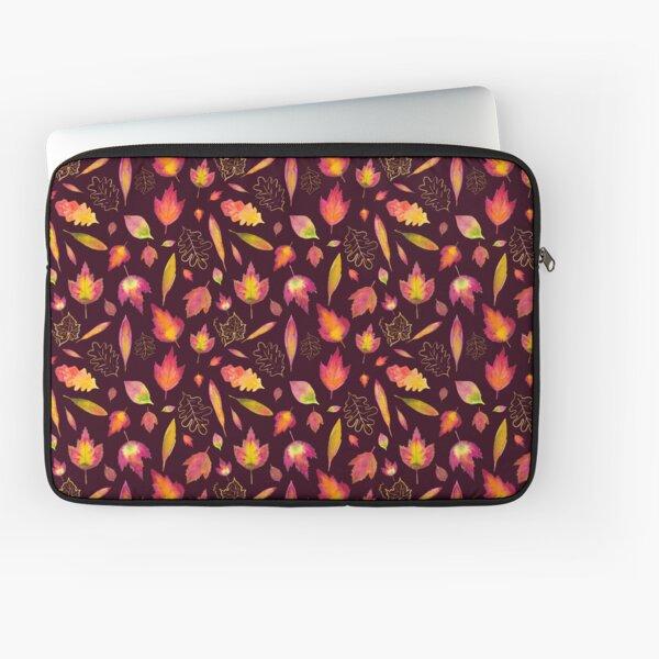 Golden autumn: leaf pattern Laptop Sleeve