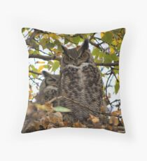 Got my EyE on you Throw Pillow