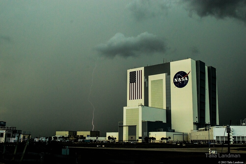 Thunderstorm and the Vehicle Assembly Building  by Talia Landman