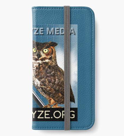 Health Wyze Media iPhone Wallet