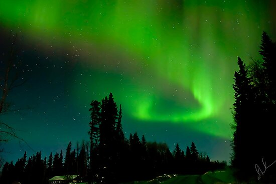 Aurora Display by peaceofthenorth