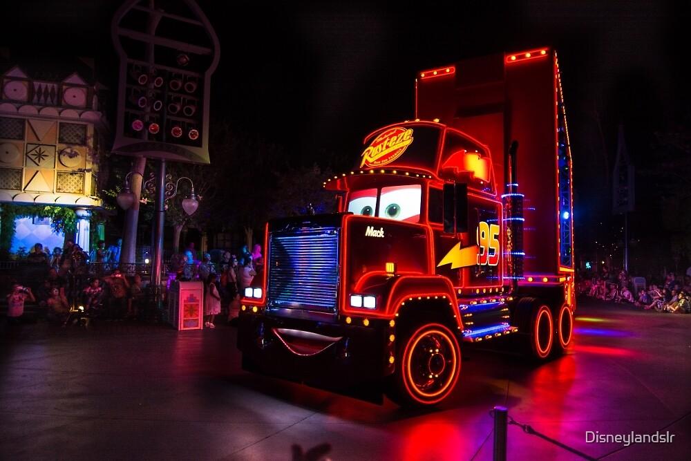 Mac lights up! by Disneylandslr