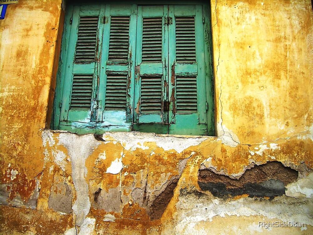 Mediterranean Decay by RightSideDown