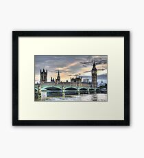 LONDON_View 110 Framed Print