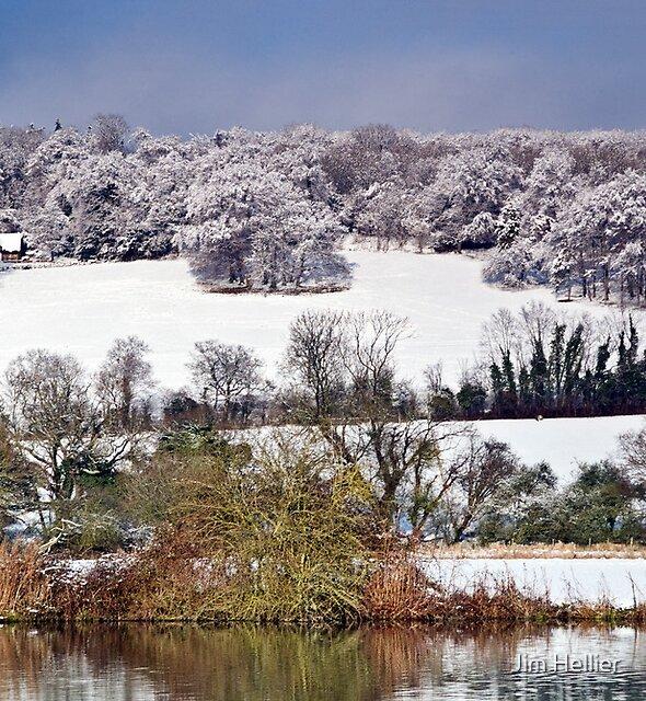 1030JH Chiltern Hills in Winter at Mapledurham by Jim Hellier