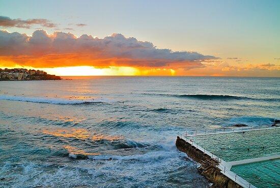 Bondi Sunrise #7 by denniswat