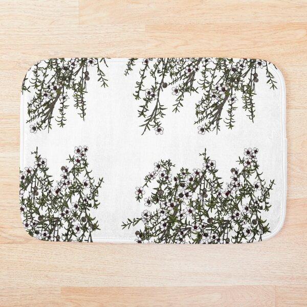 Mānuka bush - white flowers Bath Mat
