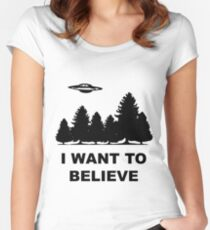 """""""I want to believe"""" X Files Women's Fitted Scoop T-Shirt"""