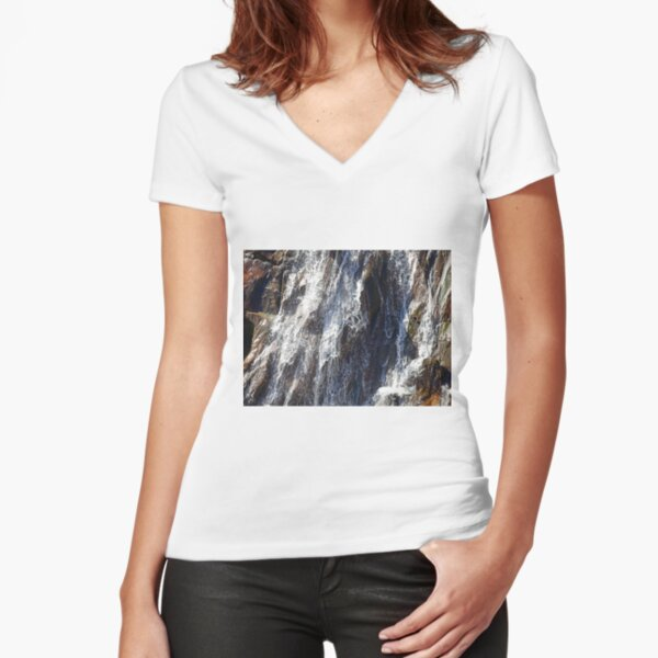 Falls Fitted V-Neck T-Shirt