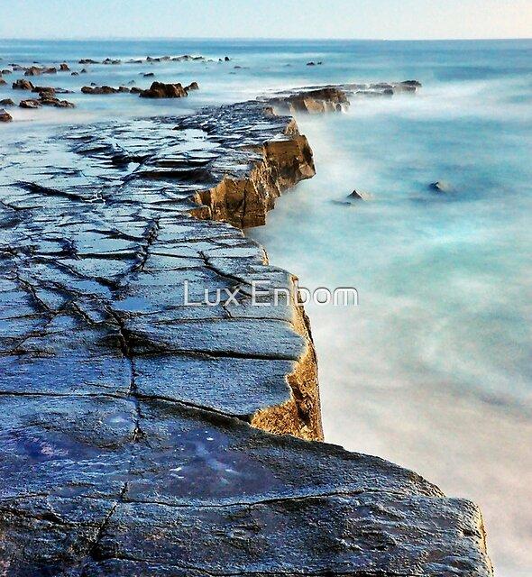 Twin Reefs 2 by Lux Enbom