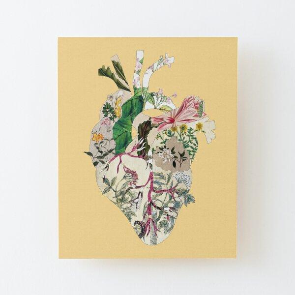 Weinlese-botanisches Herz - Sonnenschein Aufgezogener Druck auf Holz
