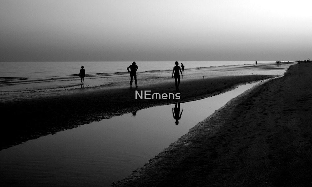 low tide by NEmens
