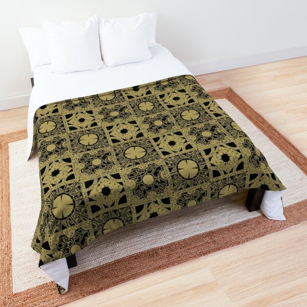 The Puzzlebox Pattern Comforter