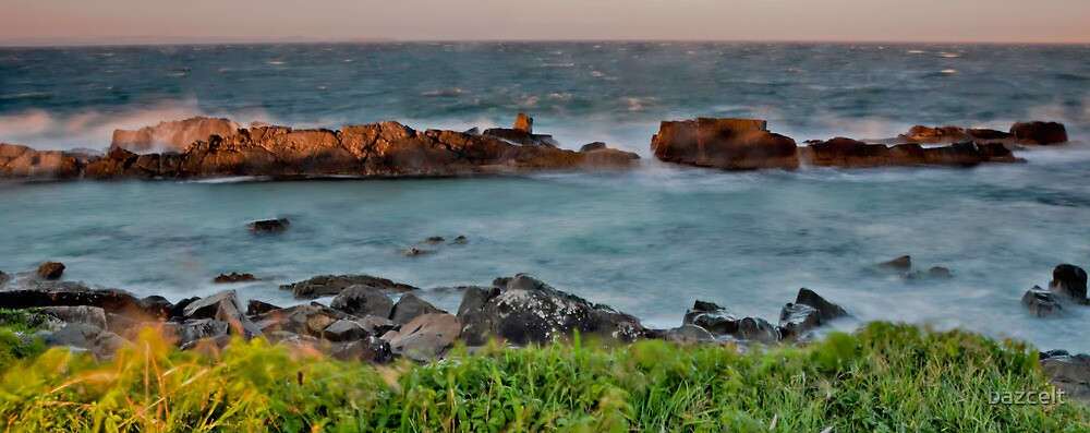 Sunset, rocks and wild weather. by bazcelt