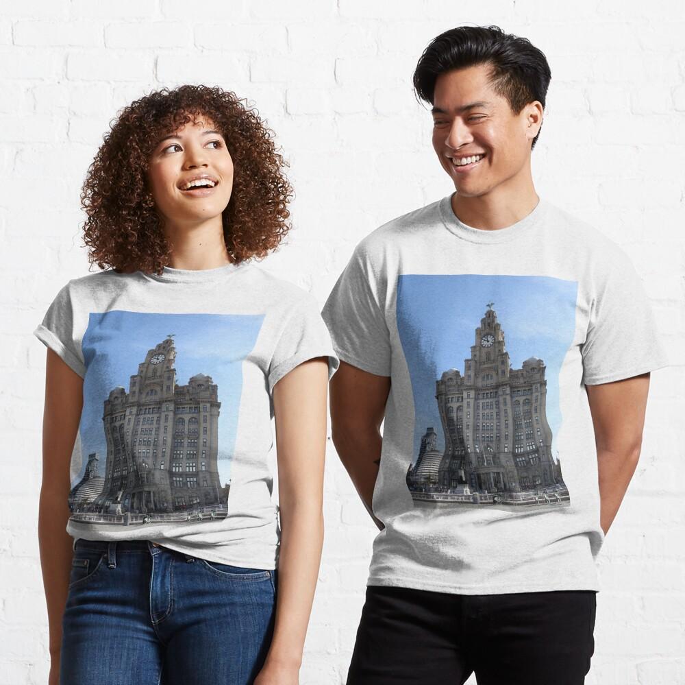 Liverpool Liver Building Photo Classic T-Shirt