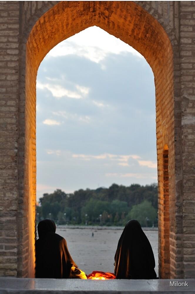 Muslim women by Milonk