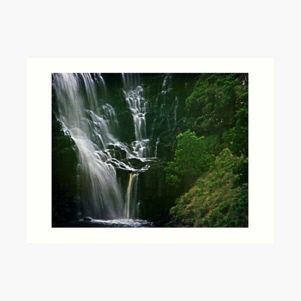 Lal Lal Cascades Art Print